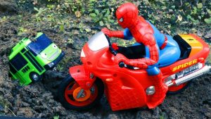 Spider-Man, Tayo the Little Bus in the Water - Learn Colors with Transportation Vehicles for Kids