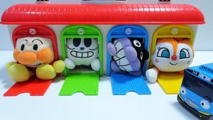 Anpanman go into the Spo Spo Box,Tayo The Little Bus Garage and Find rooms!for kids!yupyon