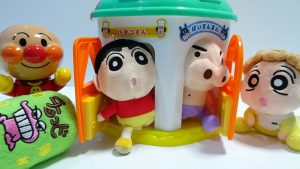 Crayon Shin-chan hide Sweets in Anpanman Key puzzle house from Himawari! for kids!yupyon