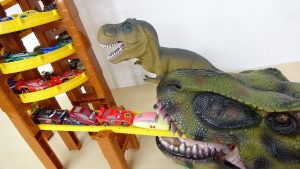 Dinosaur Spiral Tower Pixar Disney Cars Toy Drive into Mouth