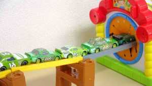 Pixar Disney Cars Drive into the House, Funny Toy Play with Doraemon and Anpanman