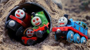 Thomas and Friends Toy Trains & Disney Cars Mack Truck There is a ghost in the cave!