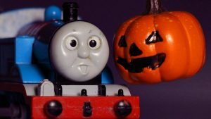 Thomas and Friends Halloween Pumpkin Ghosts Trains with Play-Doh - Haunted Percy & James Toy Story