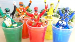 Power Rangers Dive Into Cups Superhero Toy For Kids スーパー戦隊カラフルカップ遊び