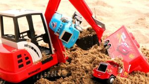 Disney Cars under the sand - Excavator will rescue everyone Learn Colors for kids